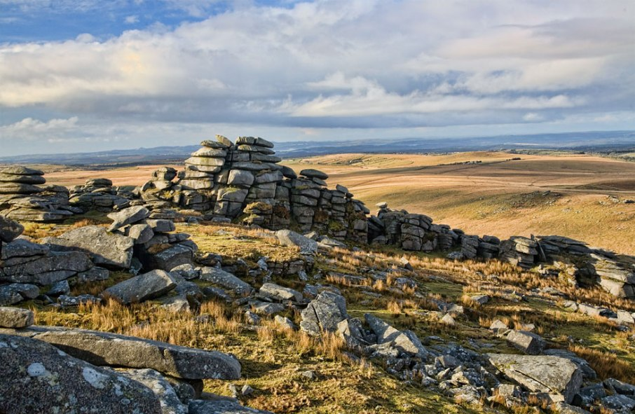 roughtor-cairn